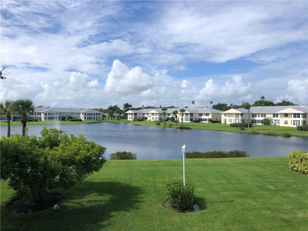 422 Grove Isle Circle #422, Vero Beach, FL 32962 - #: 236899