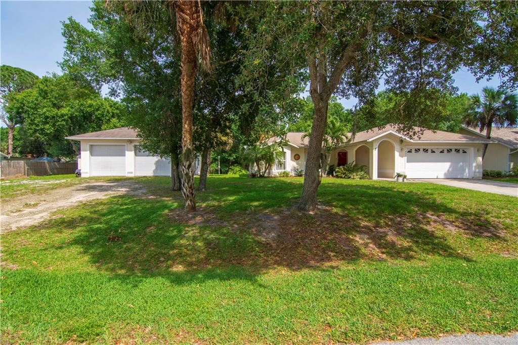 956 35th Avenue SW, Vero Beach, FL 32968 - #: 231901