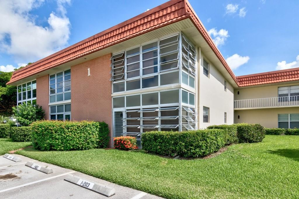 1 Vista Palm Lane #103, Vero Beach, FL 32962 - #: 244911