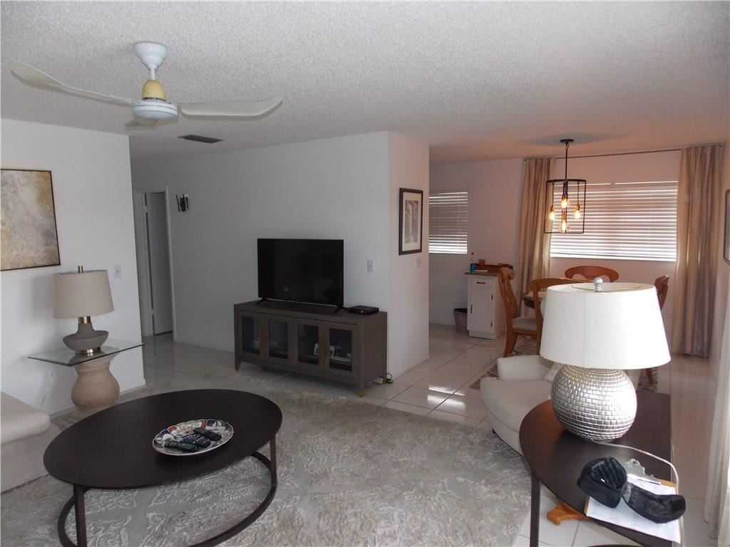 110 Spring Lake Court #206, Vero Beach, FL 32962 - #: 236919