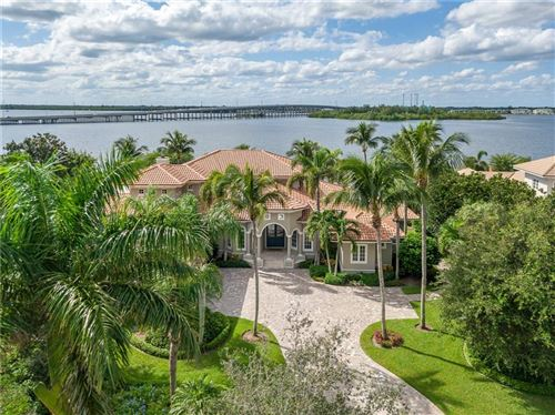 Photo of 665 Lake Drive, Vero Beach, FL 32963 (MLS # 227935)