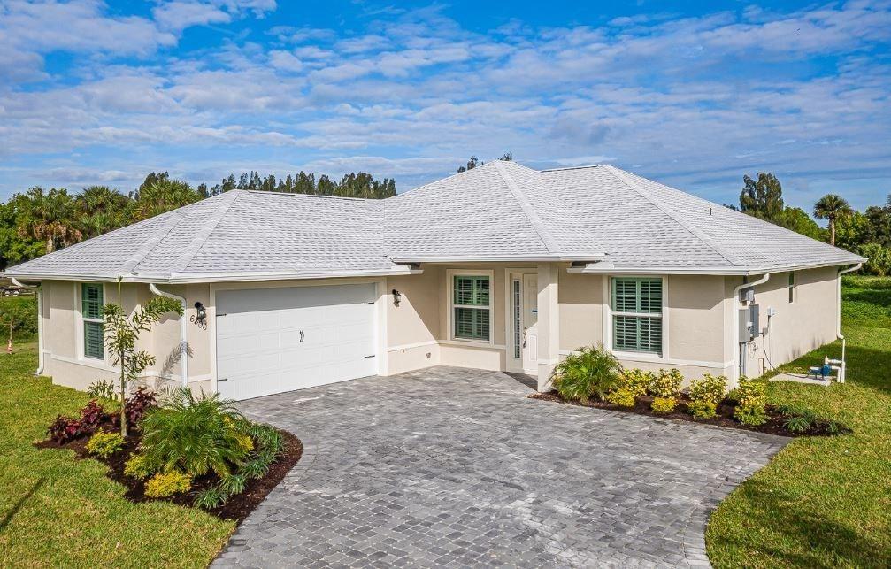 6800 33rd Street, Vero Beach, FL 32966 - #: 227939