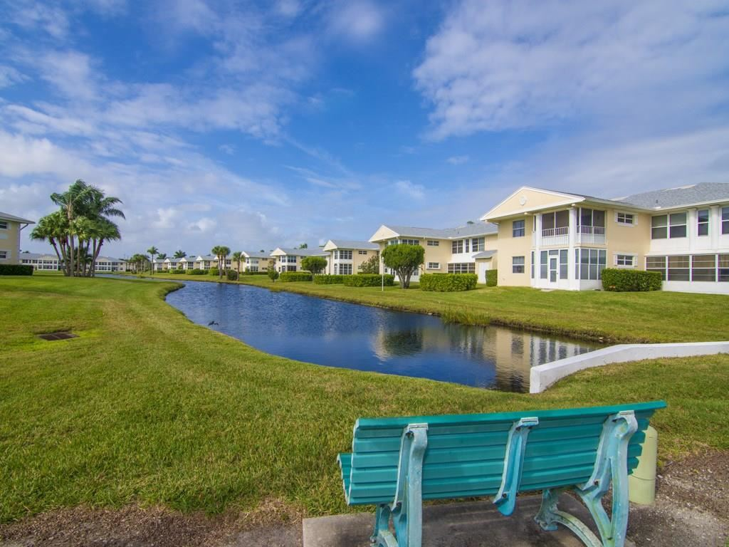 383 N Grove Isle Circle #383, Vero Beach, FL 32962 - #: 231966