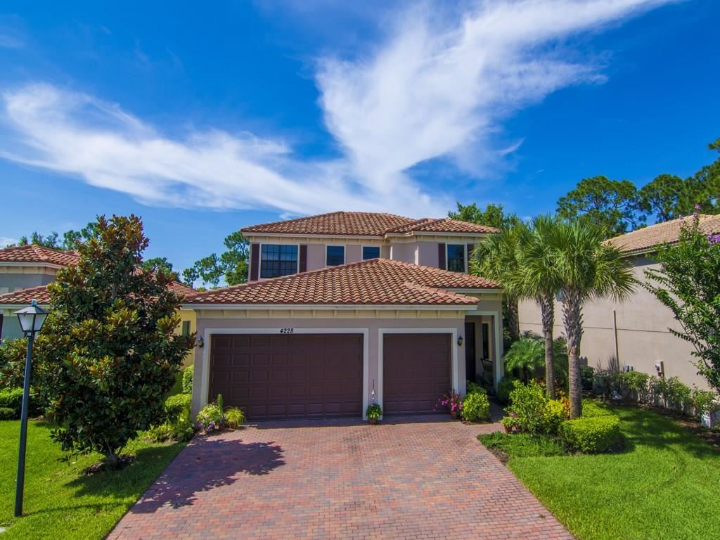 4228 56th Lane, Vero Beach, FL 32967 - #: 232972
