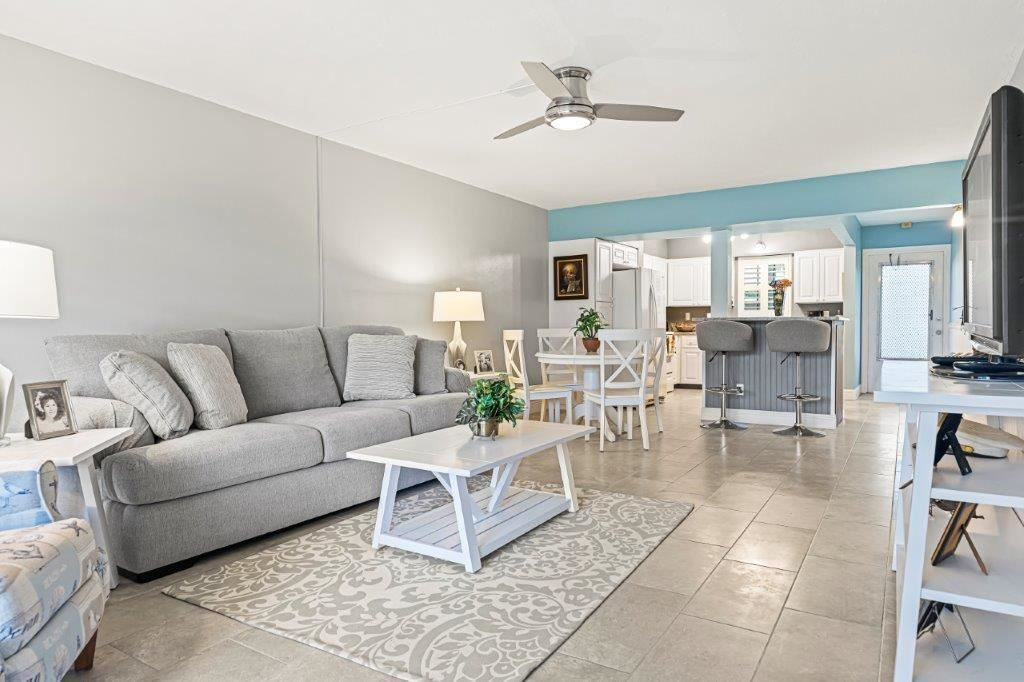 2333 Indian River Boulevard #103, Vero Beach, FL 32960 - #: 232992