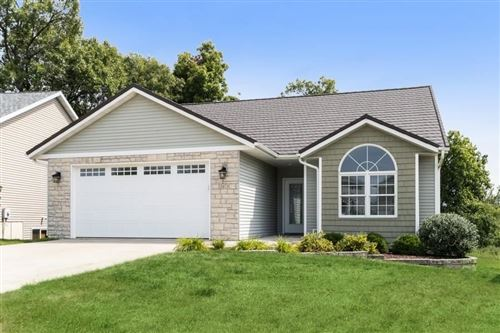 Photo of 2173 Westminster Cir, Coralville, IA 52241 (MLS # 202105017)