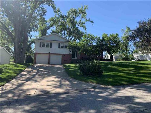 Photo of 4405 Westover Road SE, Cedar Rapids, IA 52403-1038 (MLS # 202105086)