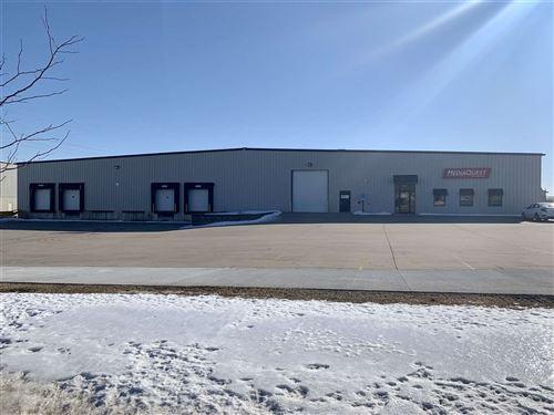 Photo of 5101 18th Ave SW, Cedar Rapids, IA 52404 (MLS # 202001173)