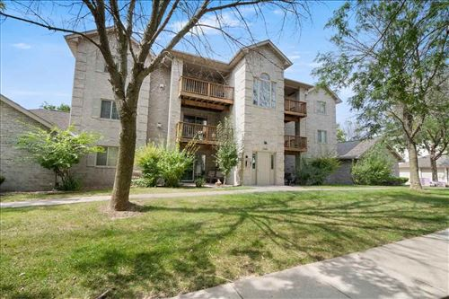 Photo of 2869 Coral Ct, Coralville, IA 52241 (MLS # 202105182)