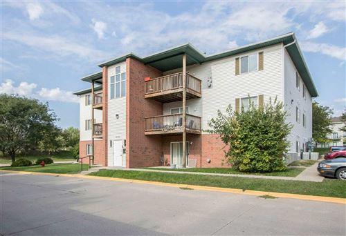 Photo of 117 S Scott Blvd., Iowa City, IA 52245 (MLS # 202102200)