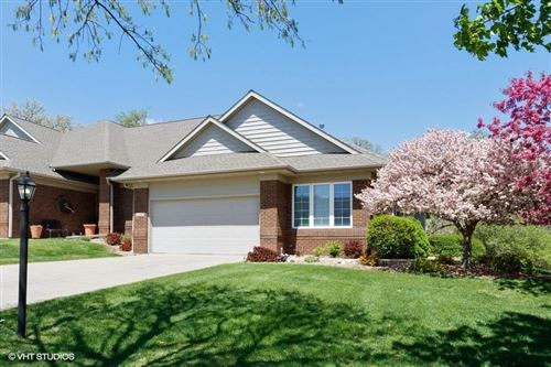 Photo of 2263 E Grantview Dr, Coralville, IA 52241 (MLS # 202004265)