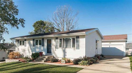 Photo of 336 Wiley Blvd NW, Cedar Rapids, IA 52405 (MLS # 202105273)