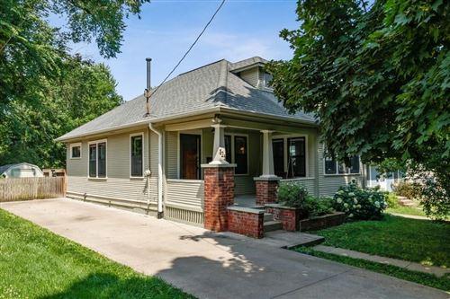 Photo of 823 3rd Ave, Iowa City, IA 52240 (MLS # 202004299)
