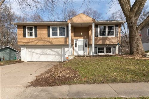 Photo of 4626 Aspen Ln NE, Cedar Rapids, IA 52402 (MLS # 202002351)