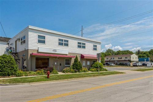 Photo of 320 Kirkwood Ave, Iowa City, IA 52240 (MLS # 202103473)