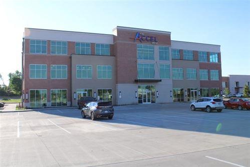 Photo of 5500 Fountains Dr NE, Cedar Rapids, IA 52411 (MLS # 202003517)