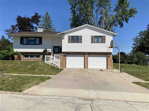 Photo of 2699 27Th St, Marion, IA 52302 (MLS # 202103537)