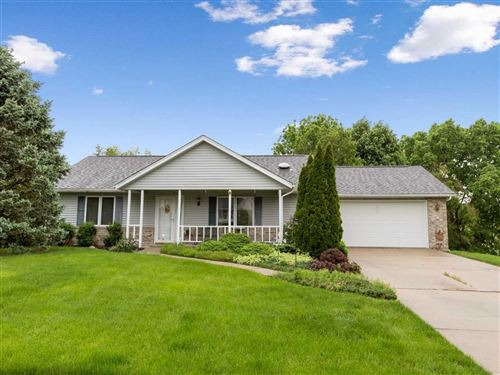 Photo of 835 Saint Andrews Dr., North Liberty, IA 52317 (MLS # 202003592)