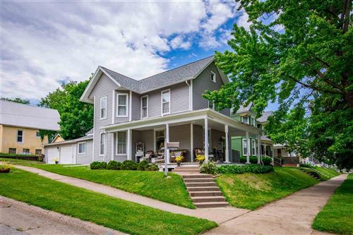 Photo of 1000 Iowa Ave, Muscatine, IA 52761 (MLS # 202003605)