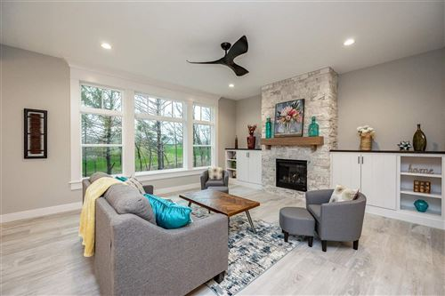 Photo of 4323 Churchill Dr, Marion, IA 52302 (MLS # 202103618)