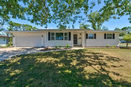 Photo of 895 S 15th Street, Marion, IA 52302 (MLS # 202104646)