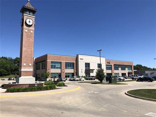 Photo of 3925 Fountains Blvd NE, Cedar Rapids, IA 52411 (MLS # 202003648)