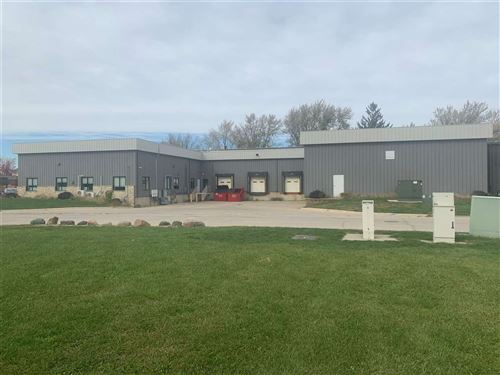 Photo of 1199 44th St, Marion, IA 52302 (MLS # 202102657)