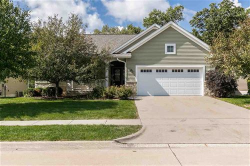 Photo of 985 Ryan Ct, Iowa City, IA 52246 (MLS # 202005717)