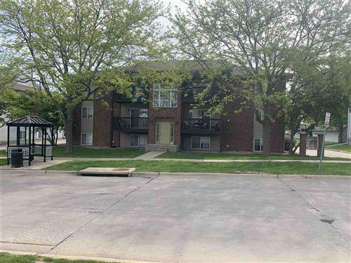 Photo of 86 West Side Drive, Iowa City, IA 52246 (MLS # 202102945)