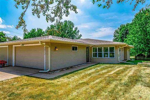 Photo of 3417 Lower West Branch Rd, Iowa City, IA 52245 (MLS # 202104953)
