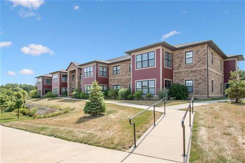 Photo of 823 N 1st Ave, Iowa City, IA 52245 (MLS # 202104999)