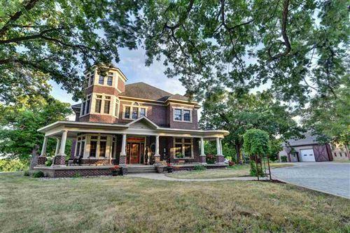 Photo of 902 Oak Hill Road, Estherville, IA 51334 (MLS # 210638)
