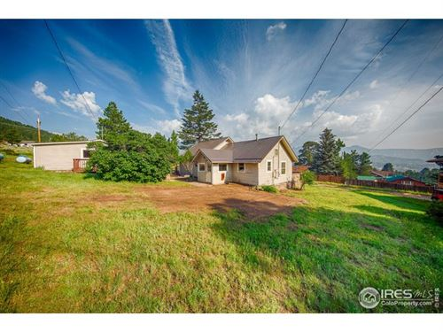 Photo of 1112 Giant Track Rd, Estes Park, CO 80517 (MLS # 947421)
