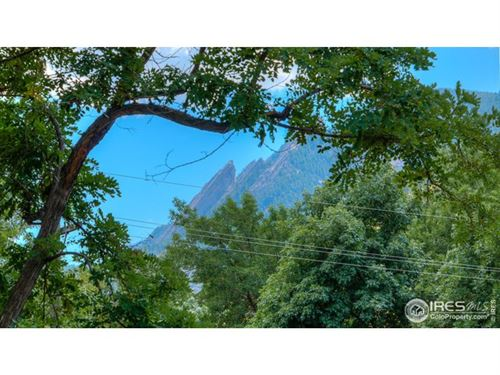 Photo of 406 Pearl St, Boulder, CO 80302 (MLS # 891495)