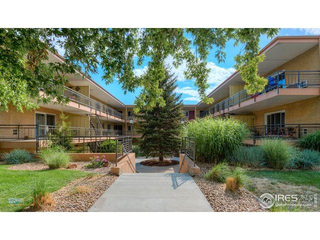 Photo for 830 20th St 202 #202, Boulder, CO 80302 (MLS # 893642)