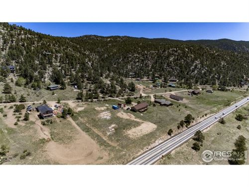 Photo of 544 Meadowview Dr, Estes Park, CO 80517 (MLS # 910866)