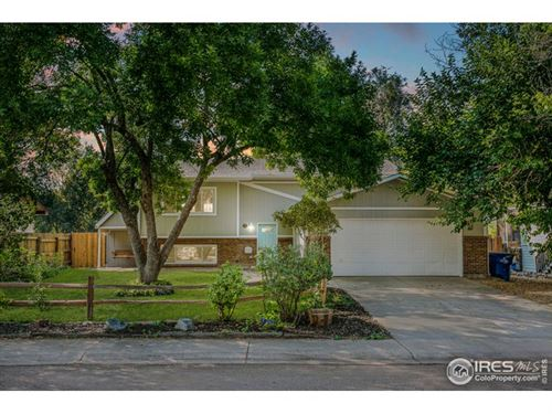 Photo of 17 Maple Dr, Frederick, CO 80530 (MLS # 926874)