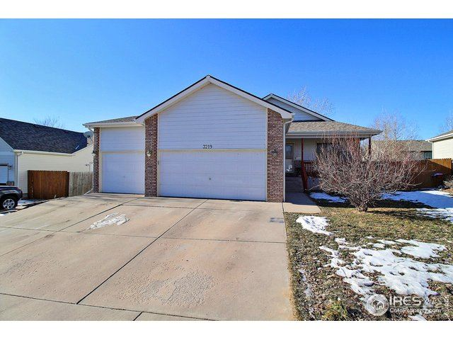 3219 39th Ave, Evans, CO 80620 - MLS#: 901885