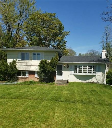 Photo of 2209 N Triphammer Road, Ithaca, NY 14850 (MLS # 402048)
