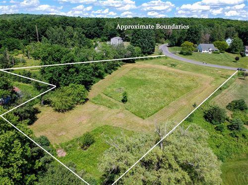 Photo of 102 Fieldstone Circle, Ithaca, NY 14850 (MLS # 404759)