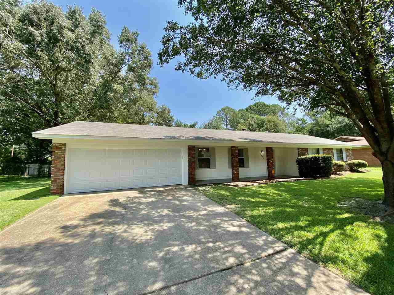 1305 TANGLEWOOD DR, Clinton, MS 39056 - MLS#: 343048