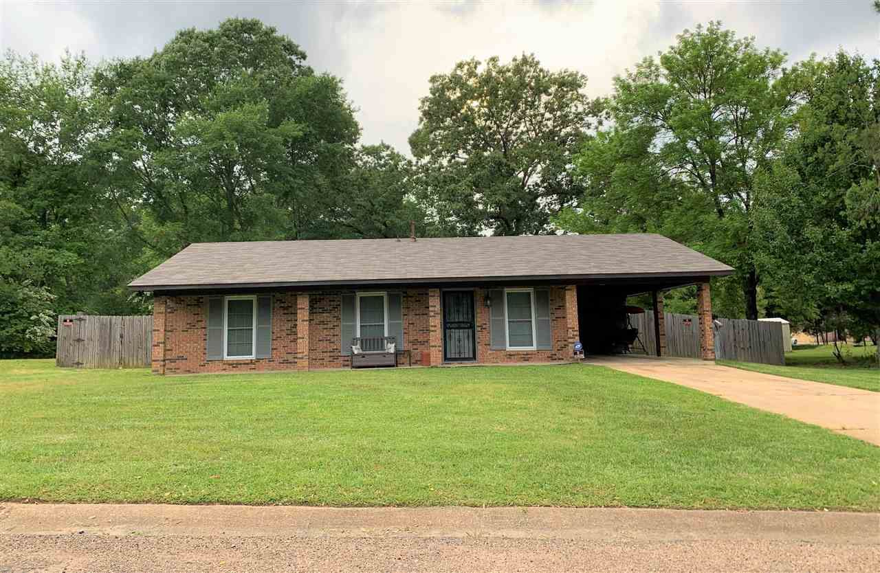 814 S WEEMS DR, Canton, MS 39046 - MLS#: 340060