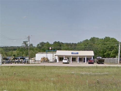 Photo of 1305 FIR AVE, Collins, MS 39428 (MLS # 326118)