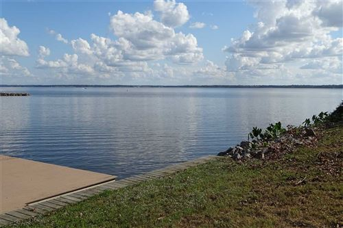 Photo of 143 OVERLOOK PT DR, Ridgeland, MS 39157 (MLS # 321144)