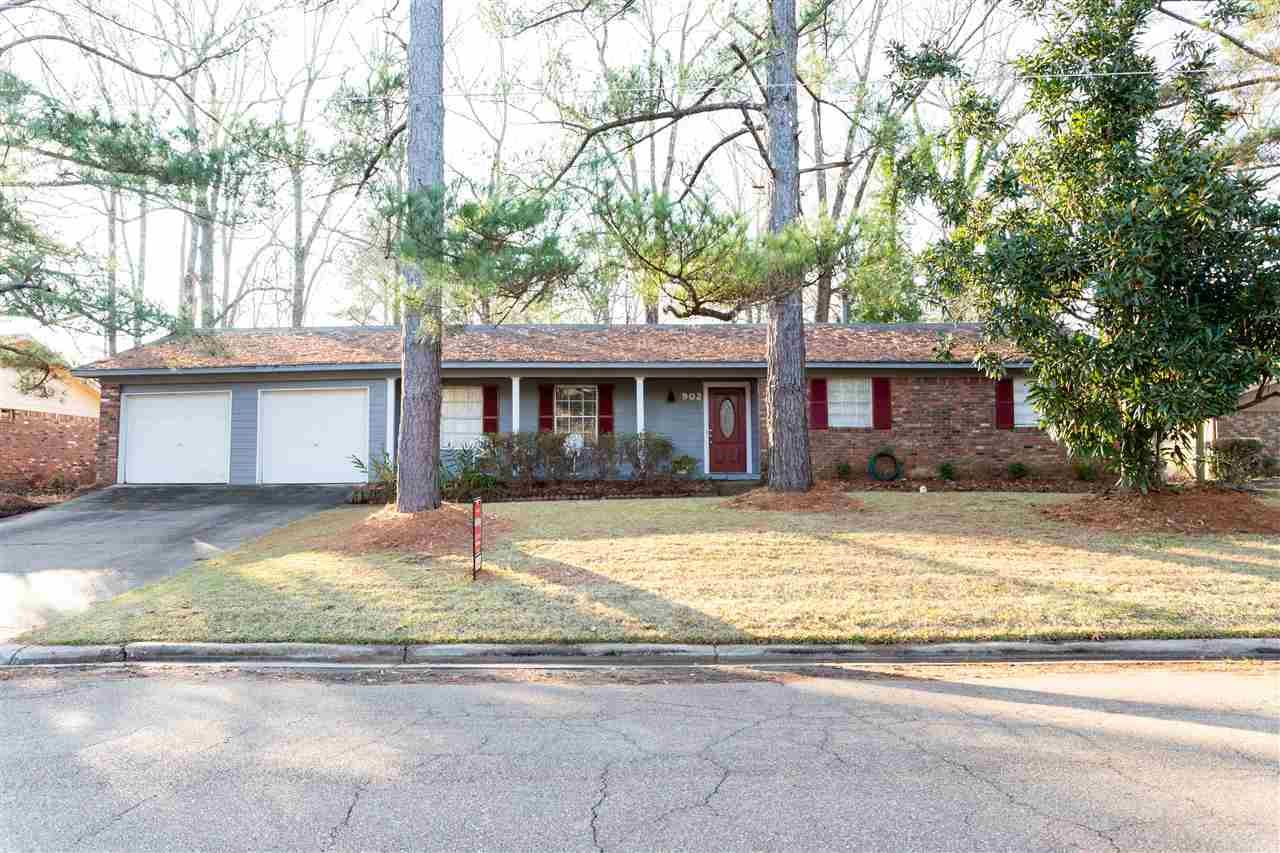 902 LIVE OAK DR, Clinton, MS 39056 - MLS#: 334155