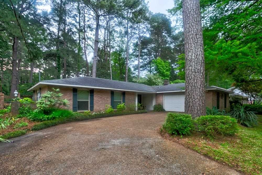 5366 FARNSWORTH DR, Jackson, MS 39211 - MLS#: 340346