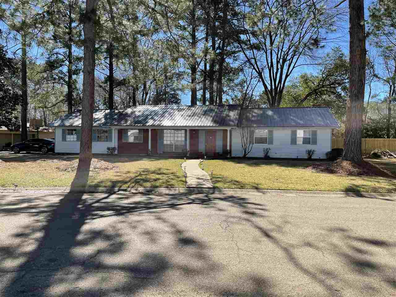 211 IMPERIAL DR, Jackson, MS 39211 - MLS#: 338477