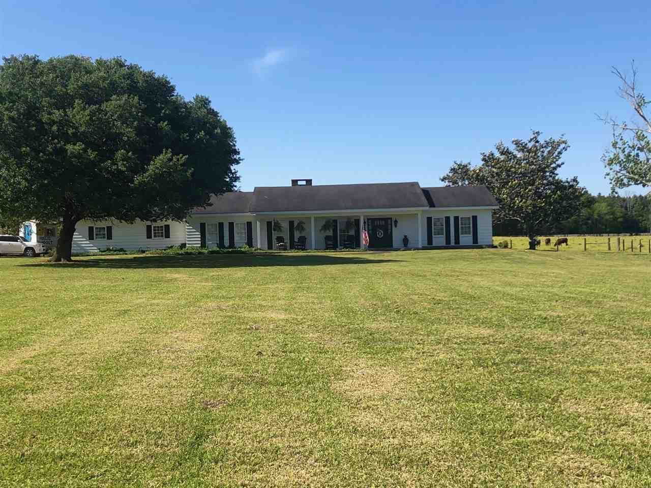 1949 E 3RD ST, Forest, MS 39074 - MLS#: 330485