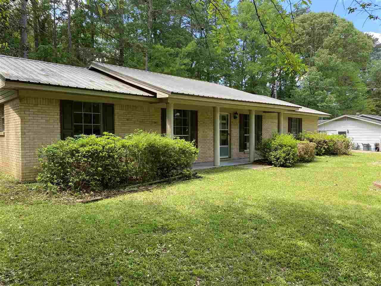 510 WALLACE ST, Mendenhall, MS 39114 - MLS#: 339694