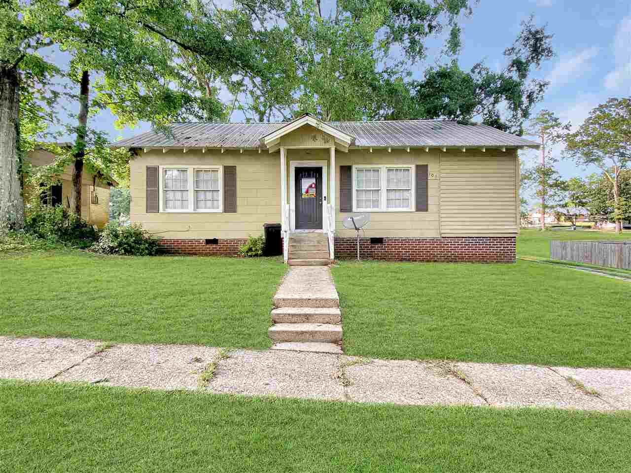 107 W DURR AVE, Mendenhall, MS 39114 - MLS#: 341697